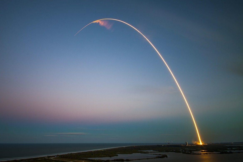 Op hol geslagen Chinese raket stort waarschijnlijk dit weekend neer op aarde